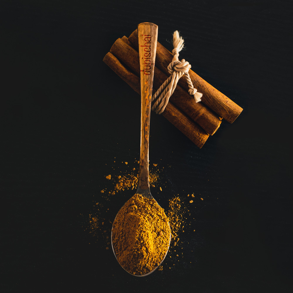 cinnamon on spoon